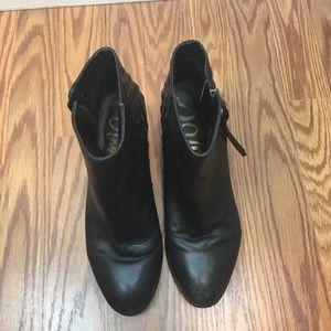 Sam Edelman Shoes - SAM EDELMAN zip up ankle booties